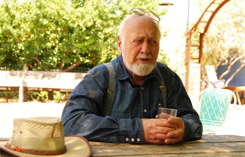 Portrait von Bill Mollison, Begründer der Permakultur